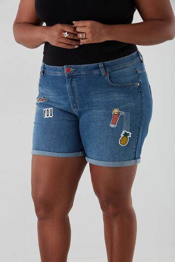 Korte spijkerbroek met patches