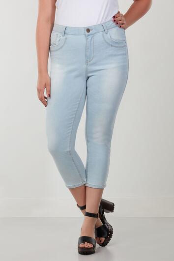 Slim leg jeans capri