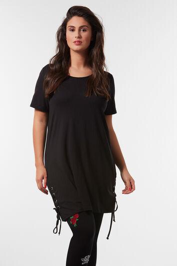 Lang T-shirt met rijgdetail