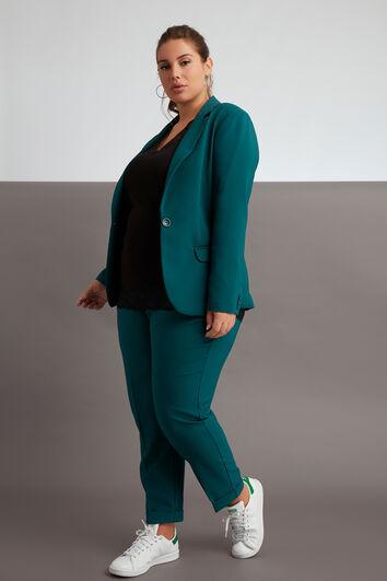 Lookbook Suit Look 3